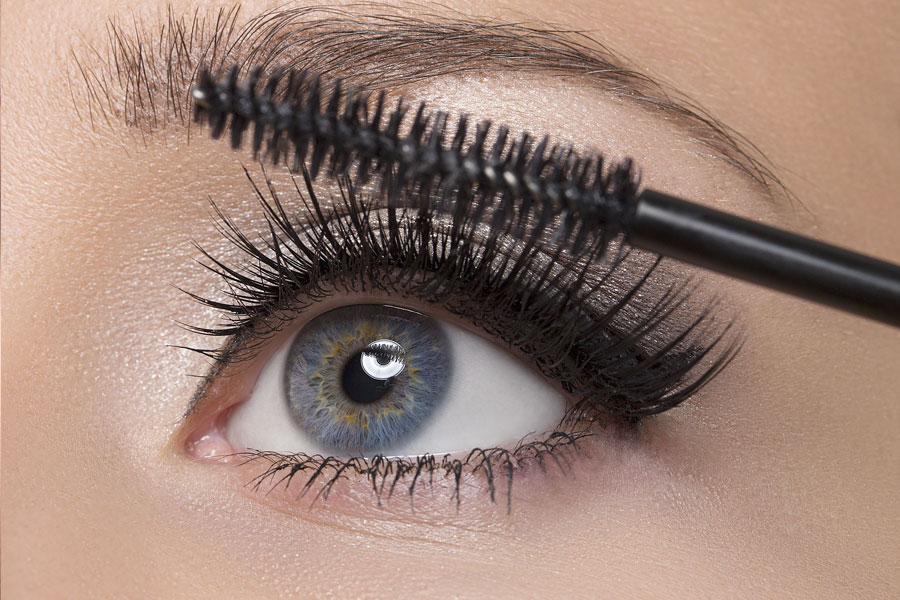 apply two coats of black or blue mascara to your lashes