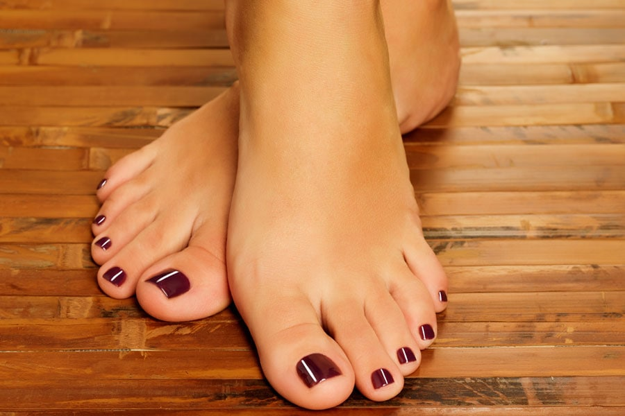 Common Foot Care Problems: Expert Tips to Get Pretty & Healthy Feet Fast