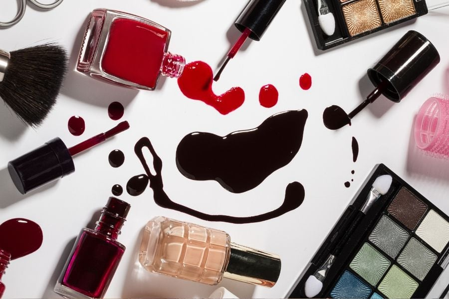 How to Spot Counterfeit Makeup: 7 Foolproof Tips to Avoid the Knockoffs