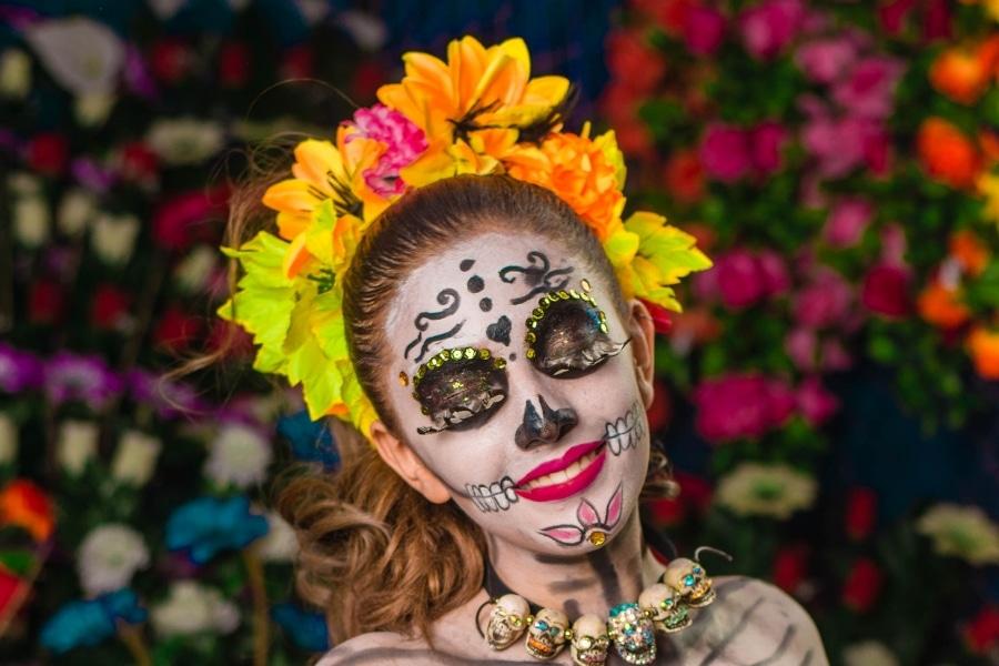 Halloween Sugar Skull Tutorial: Dia De Los Meurtos Makeup in 7 Simple Steps